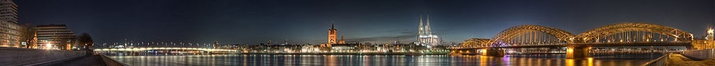 koeln panoramic Image of the old town at dusk 1000